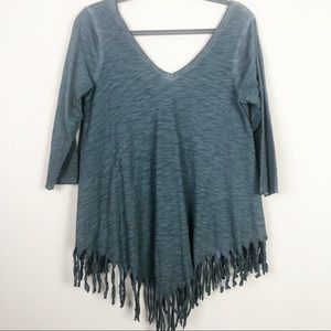 Umgee | Fringe Double V Top